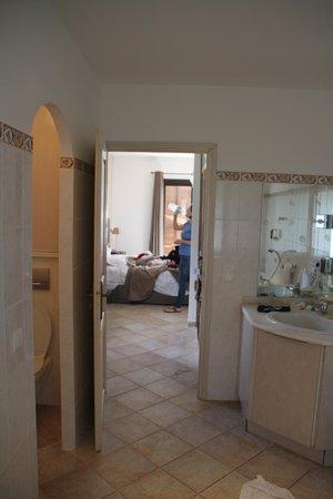 Hotel Shegara : View from bathroom into bedroom.