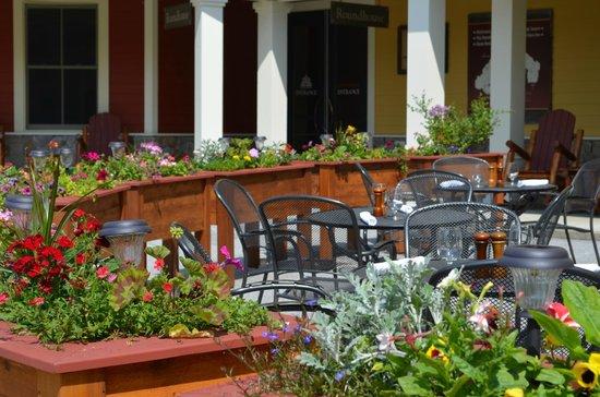 Coleman Brook Tavern: Patio Dining