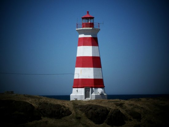 Bay of Fundy Inn: Brier Island Light & Alarm at Western Light, Brier Island