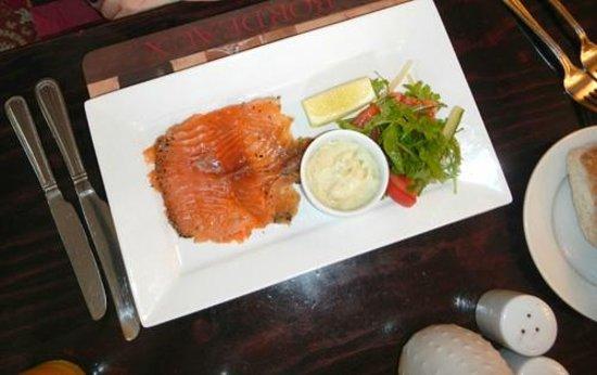 The Marquis of Lorne Inn Restaurant: salmon