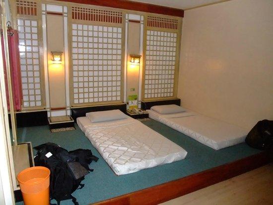 Shogun Suite Hotel: Room 624