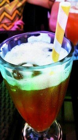 Rowena's Cafe: herbal iced tea