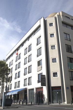 Residence Les Olympiades: La résidence de l'exterieur