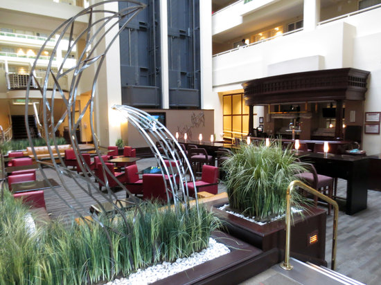 Embassy Suites by Hilton Boston / Waltham: Lounge Area