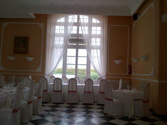 Hotel Balneario de las Salinas: comedor, estilo siglo XIX