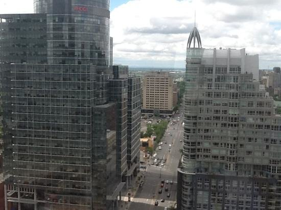 Le Centre Sheraton Montreal Hotel: Vue du 27 eme etage