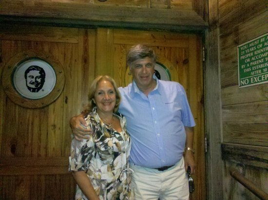 Flanigan's Seafood Bar and Grill: EXCELENTE NOCHE