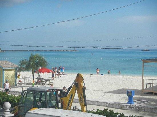 El Greco Hotel: junkanoo beach in from our balcony