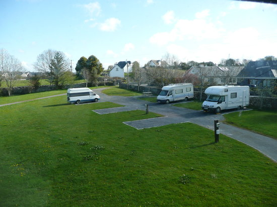 Corofin Hostel and Camping Park: New Hard Stands