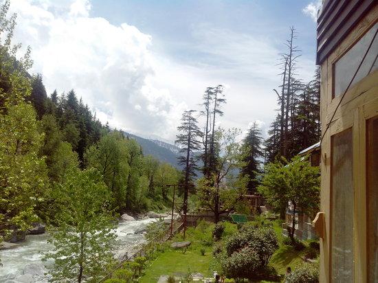 Hotel Beas (HPTDC) : Hotel Beas Balcony View