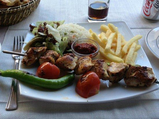 Sirevi Restaurant & Bistro: Chicken Shish Kebab