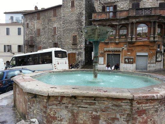 Narni Sotterranea : fontana narni