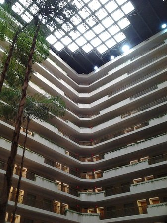 Embassy Suites by Hilton San Diego - La Jolla: indoor access to everything in the hotel.