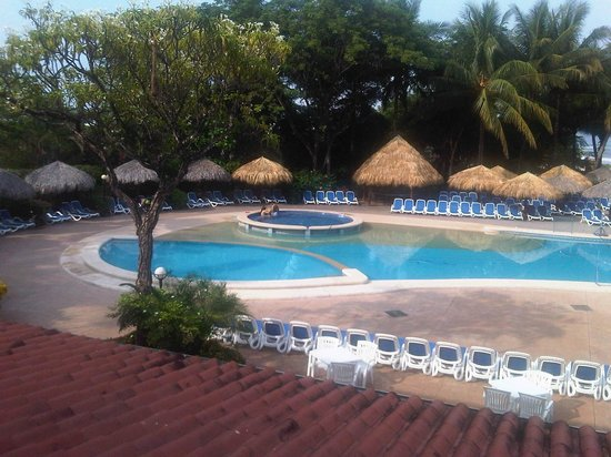 Occidental Tamarindo: PISCINA Y JACUZZI