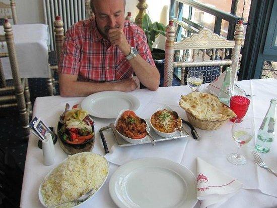 Taj Mahal: food