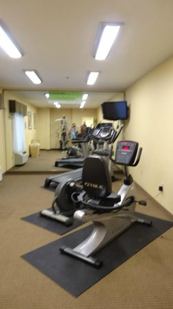 La Quinta Inn & Suites Lexington South / Hamburg: fitness room