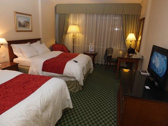 Warsaw Marriott Hotel : Pokój 2-osobowy na 33 piętrze hotelu