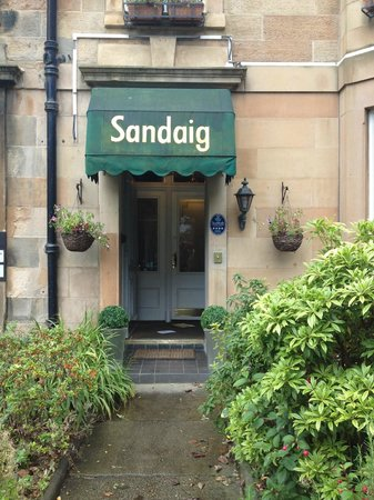 Sandaig Guest House : Front Door of the Guest House