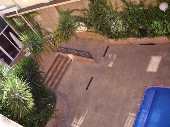 Bellavista : Piscina desde la segunda planta