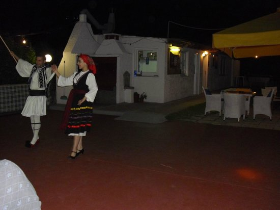 Nicon: Traditional Dancers on the Greek Night