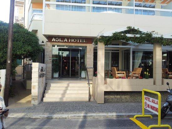 Agla Hotel: Facciata principale