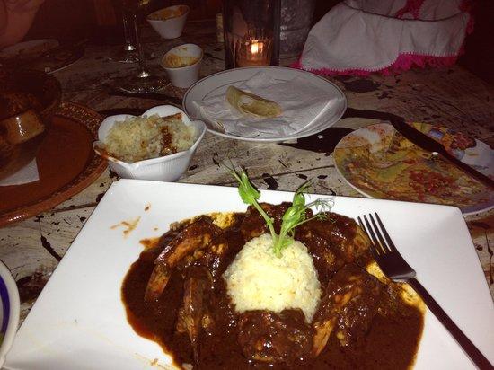 El Tabano: A delicious mole sauce