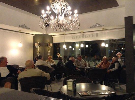 Cafeteria Borabora: cafetería bora bora 2