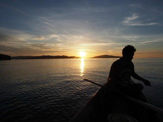 Sifa Cottage: Fishing and enjoying sunset