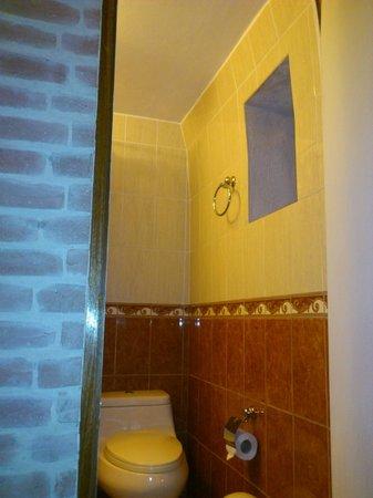 Hostal La Casa de Margott : baño