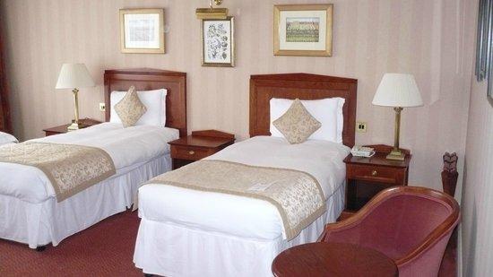 Chamberlain Hotel: letto comodo