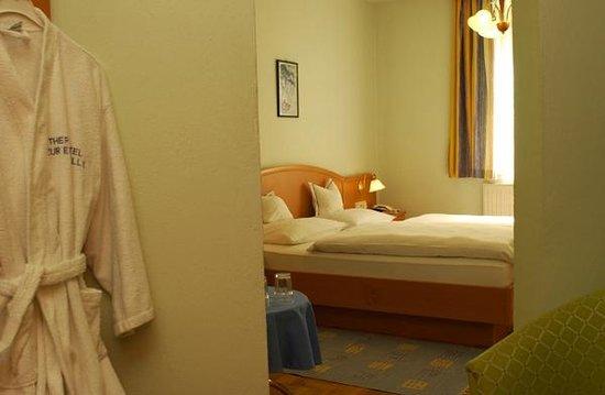 Wohnlich-gemütliche Hotelzimmer \