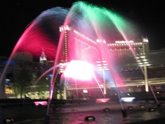 Casino at Aria Resort: fountains