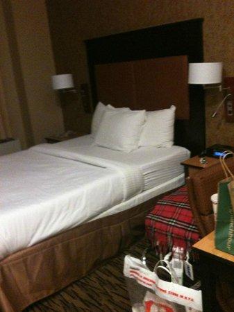 La Quinta Inn Manhattan: the room wasn't as small as it looks