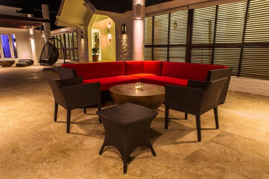 The Trident Hotel : The Terrace