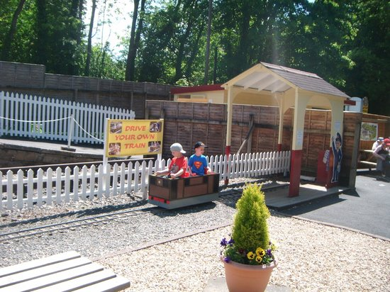 Devon Railway Centre: drive your train