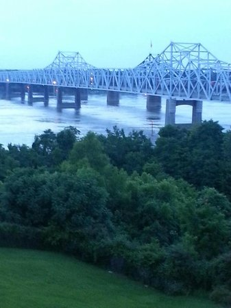 Days Inn & Suites Vicksburg: View from our room June 2013 around 7:15pm