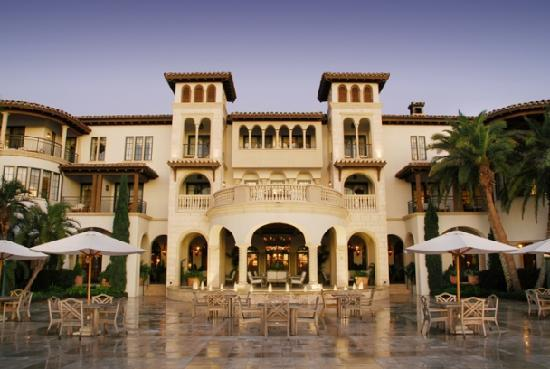 Golden Isles of Georgia, Georgien: Sea Island is an internationally acclaimed resort. The Sea Island Company features two of the wo