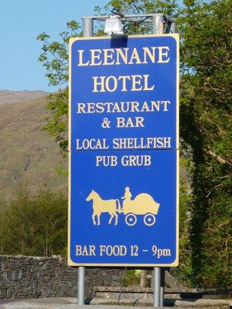 Leenane Hotel: Signage