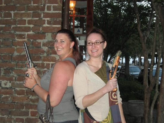 The Charles Towne Pub Stroll : The tale of Anne Bonnie and Mary Reed