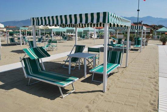 Bagno carlo marina di pietrasanta 2018 all you need to know before you go with photos - Bagno italia marina di pietrasanta ...