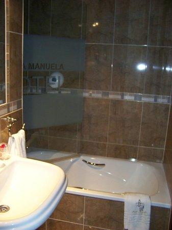 Hotel Maria Manuela: baño