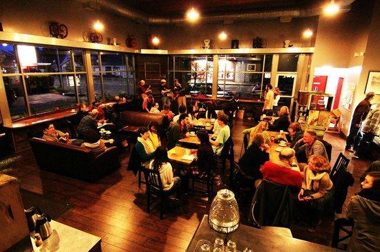 Black Oak Coffee Roasters: Café Lounge