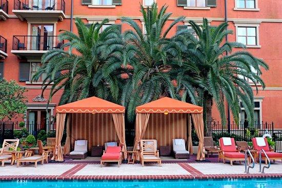Hotel Granduca Houston: The pool is an urban oasis.