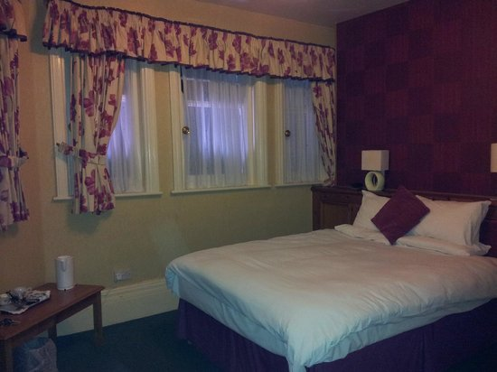 Pearson Park Hotel: Room 19, situated at the front