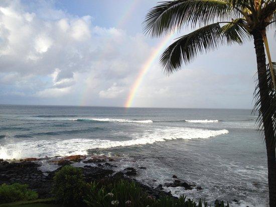 Kuhio Shores Condos: Beautiful Double Rainbow right off our veranda!