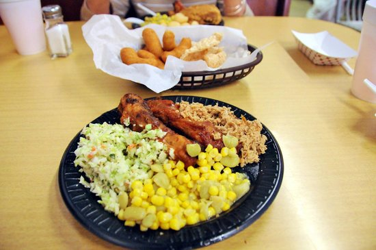 Cooper's Barbecue & Catering: Yummy