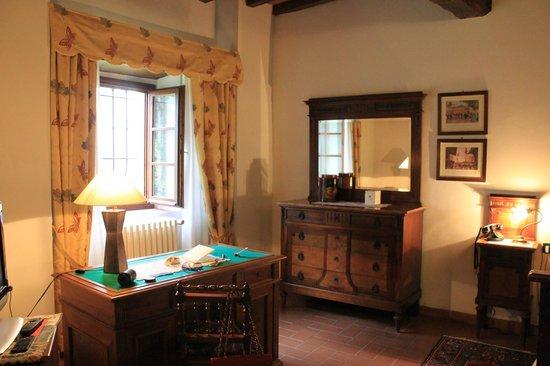 Villa Campestri Olive Oil Resort: Room