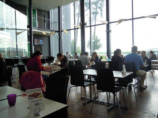 Restaurant Connect Hotel Skavsta: breakfast