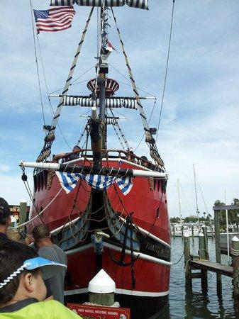 Captain Memo's Pirate Cruise: the ship