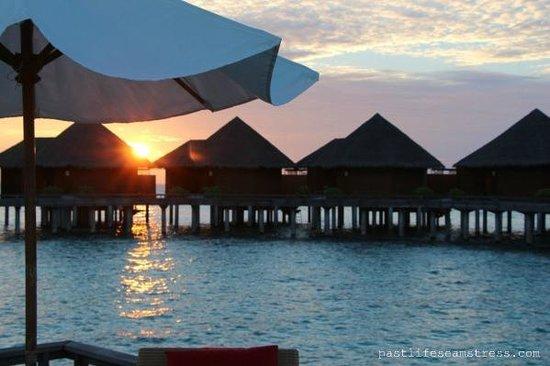 Baros Maldives: Baros Water Villa sunset
